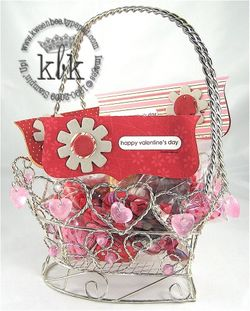 V Day Basket
